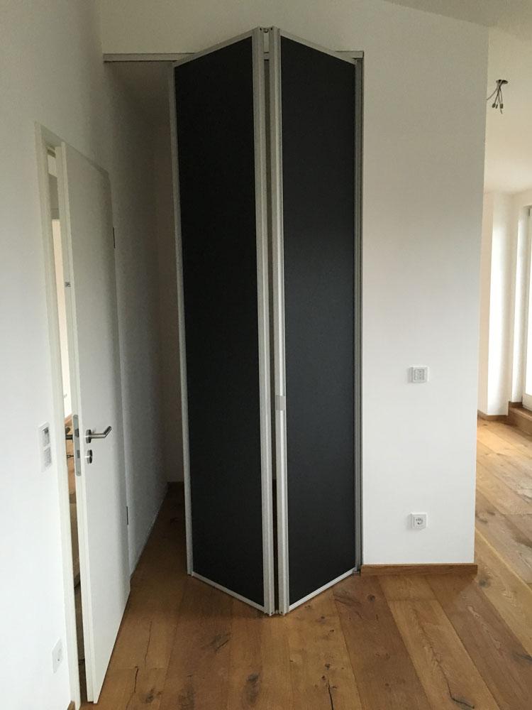 faltt ren von raumplus creativ m belwerkst tten in m nchen. Black Bedroom Furniture Sets. Home Design Ideas
